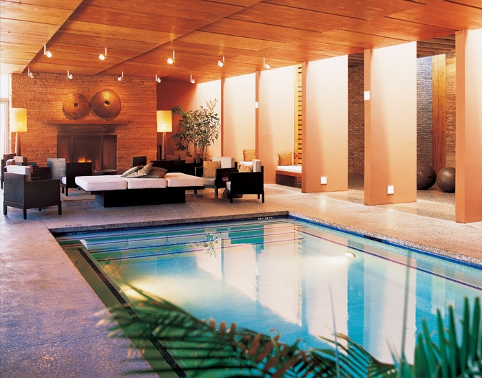 miiamo-gallery-indoor-pool